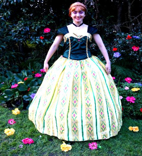 Princess Anna Coronation Dress and entertainers from Frozen
