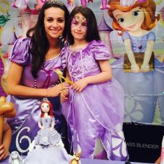 26-princess-sofia-the-first-at-the-royal-ball