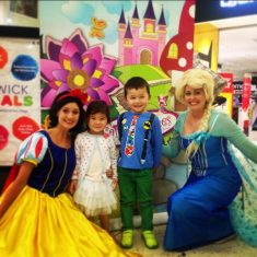 elsa-and-snow-white-entertainment-sydney-29